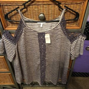 Maurice's cold shoulder top. Size XL